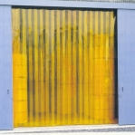 PVC curtain matt yellow 2x200mm/meter