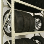 Tyre racking for a 20-foot container