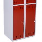 Klädskåp, röd/grå 4 dörr 1920x700x550